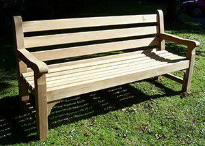 Example of iroko wood bench
